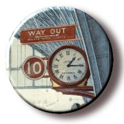 A Quarter Past One (Needleminder)